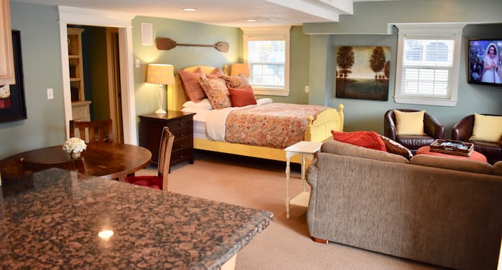 Guest Suite of Private Home