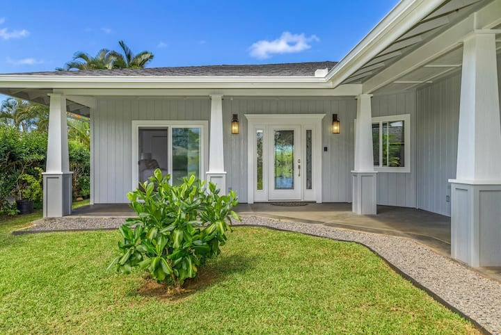 Luxury Air Conditioned 4 Bedroom Golf Course Home