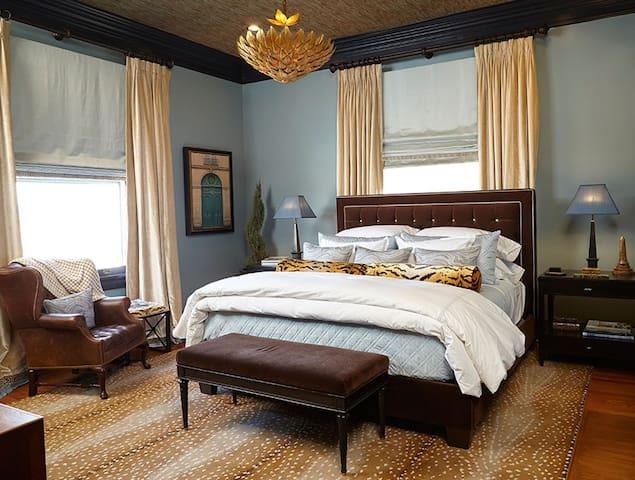 Melrose Room by Alexa Hampton at Pandora's Manor