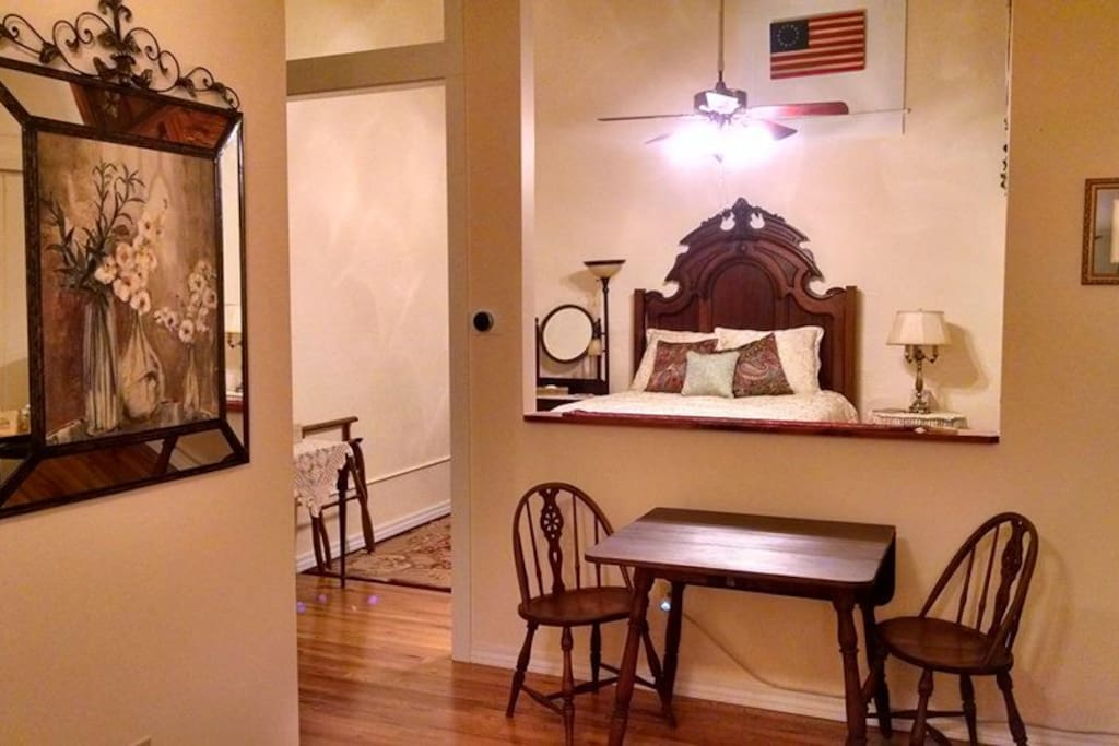 The Inkeeper's Suite Dining