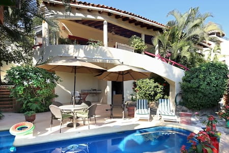 Quiet Elegant Private House with Pool and AC