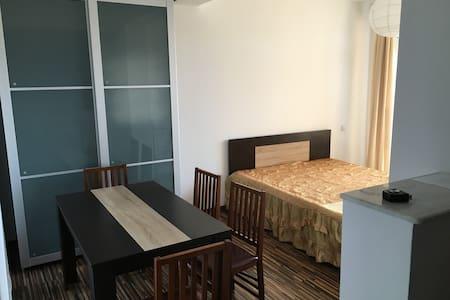 Modern apartament - Eforie Sud - Huoneisto