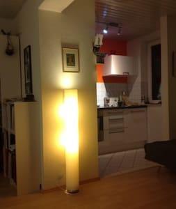 Tolles Apartment in Bremer Neustadt - Bremen - Appartement