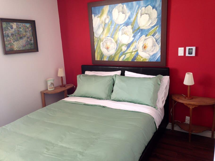 Chambre lit queen queen size bed