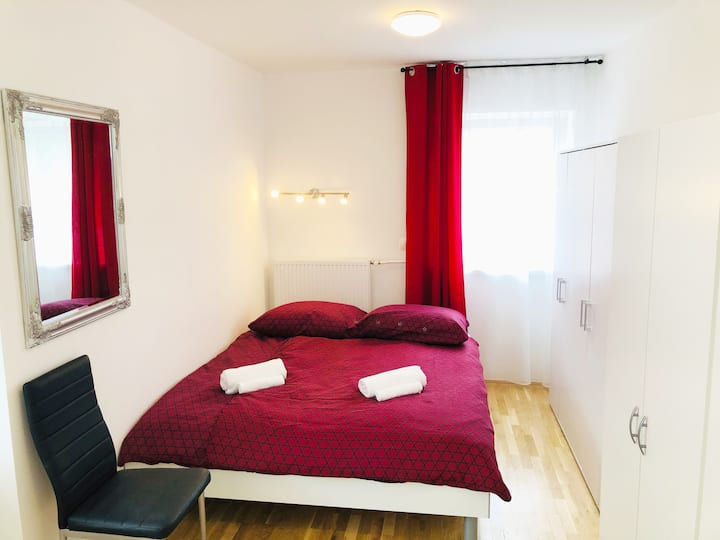 New double room no.4 in a guest house+parking