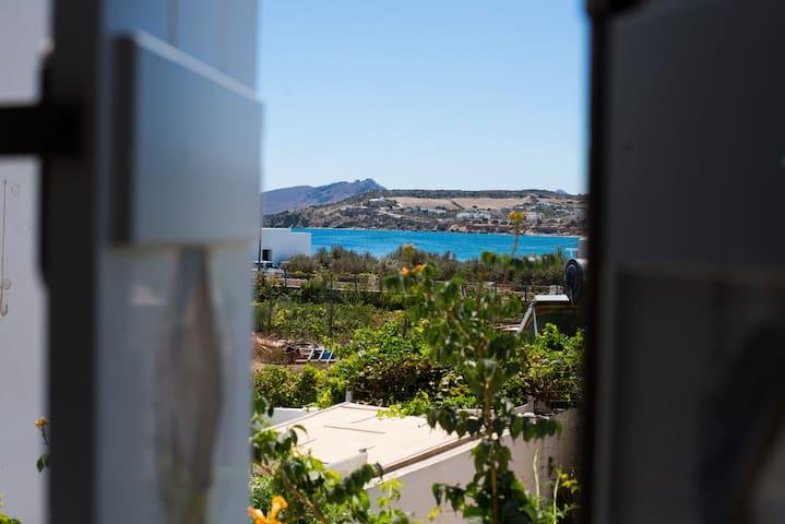 Florianna Seaside Villa - Ampelas - Vila