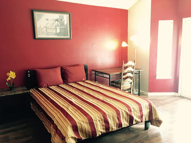 Amazing Big Bedroom Close to CSU San Bernardino