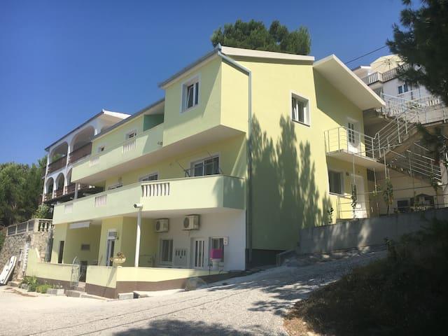 Apartment A  4+2  55m2 - Lokva Rogoznica - Apartment-Hotel