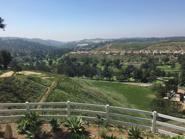 Incredible 360 Views in Chino Hills - Chino Hills - House