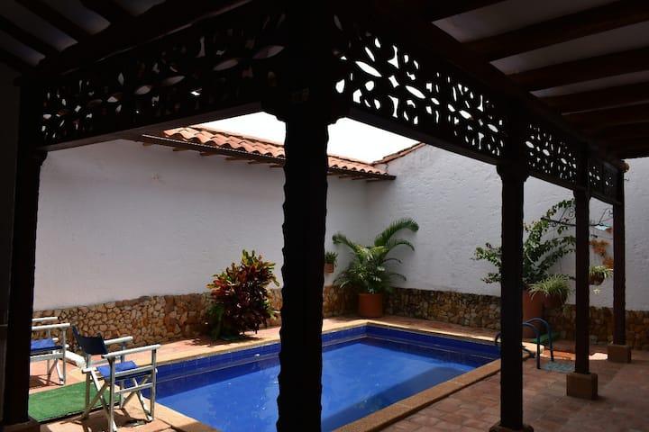 Mejor vista, casa Colonial Palomino
