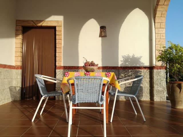 Romántica casa rural rodeada de Mangos