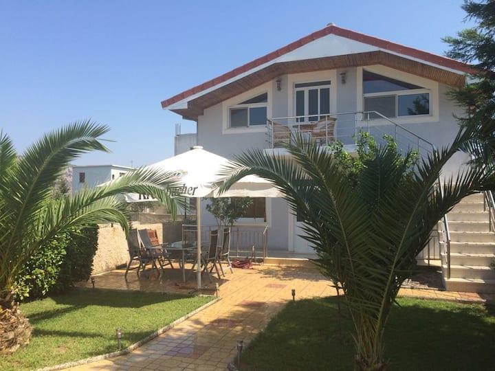Quiet holidays in cozy Villa STANAJ close to beach
