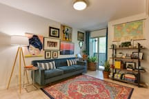 *Private Flat in the heart of SoCo! *