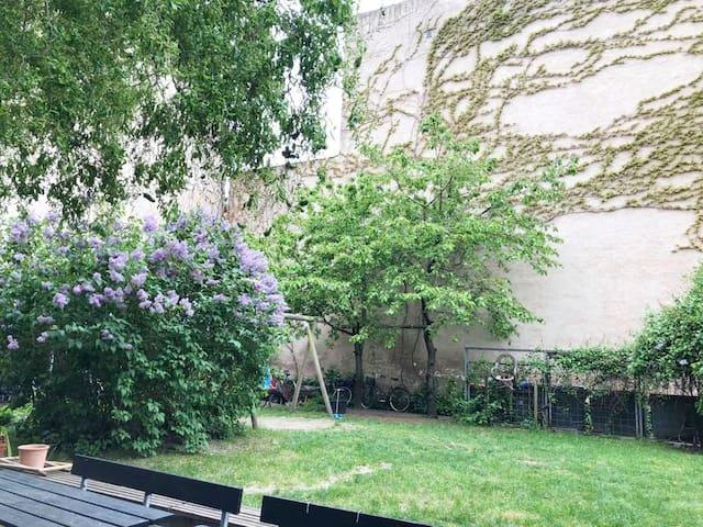 Nice apartment with garden down town CPH/Vesterbro