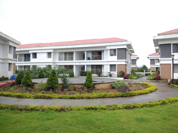 Blissful stay at Parishreya 01 BHK,  Lonavala.