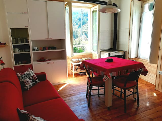 cozy apartment in the center of Cesana Torinese