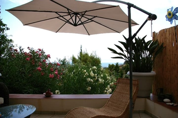 Spetses island charming sea studio - Spetses - House