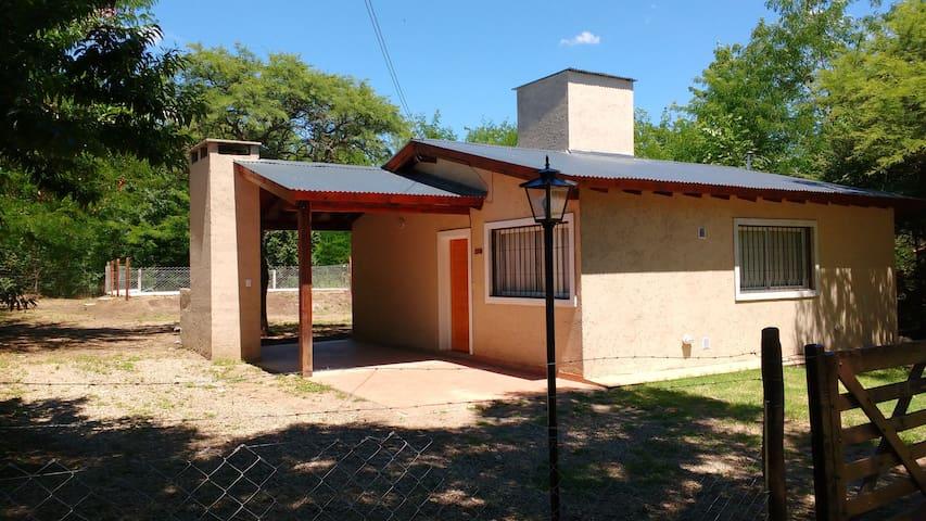 Cabaña con pileta en Villa General Belgrano - Villa General Belgrano - Hus