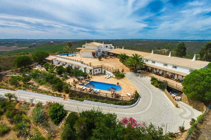 Monte da Bravura Green Resort