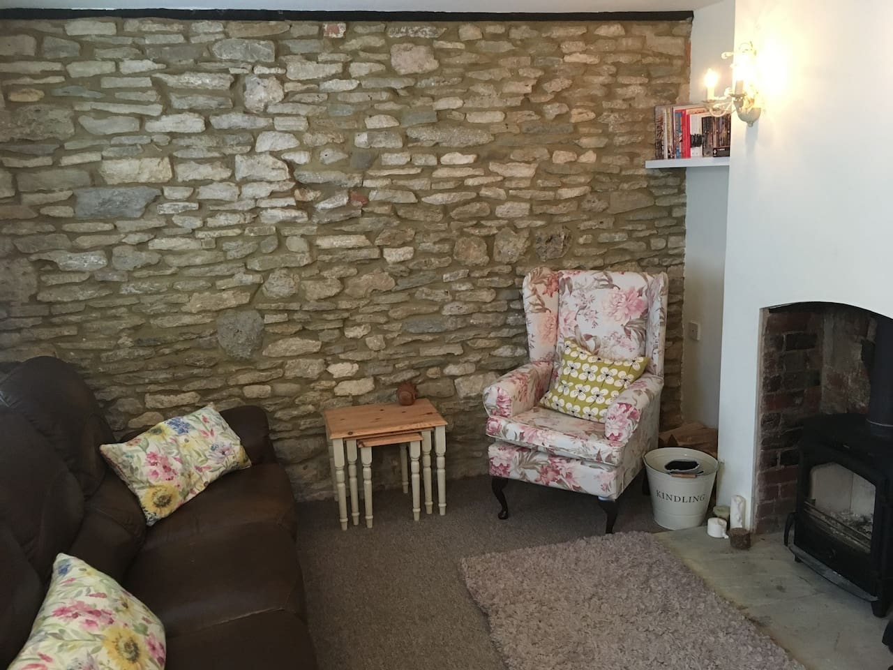 Lounge with Cotswold stone wall