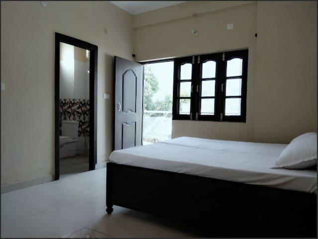 Osho Vision Rishikesh - Non A/C Room