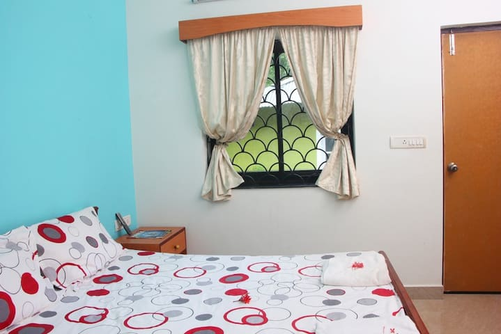 Anjuna, Family, quiet, clean and nice GuestHouse 2 - Anjuna - Bed & Breakfast