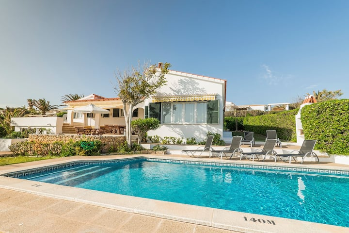 Dream location with sea view & pool - Villa El Guerito