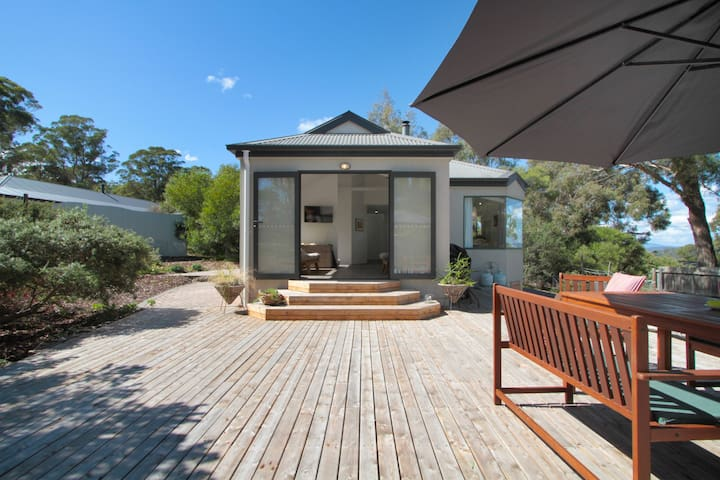Littlerocks by the sea and bush - Eco friendly - Carlton - House