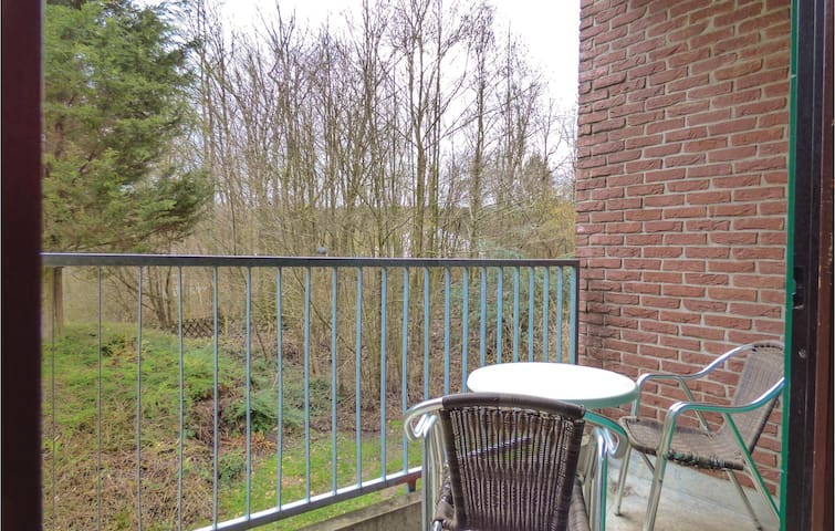 Holiday apartment with 1 bedroom on 26 m² DHU525