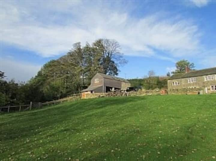 Beautifully appointed rural peaceful Barn