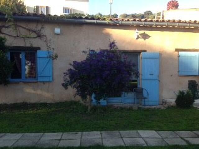 petit appartement dans propriété