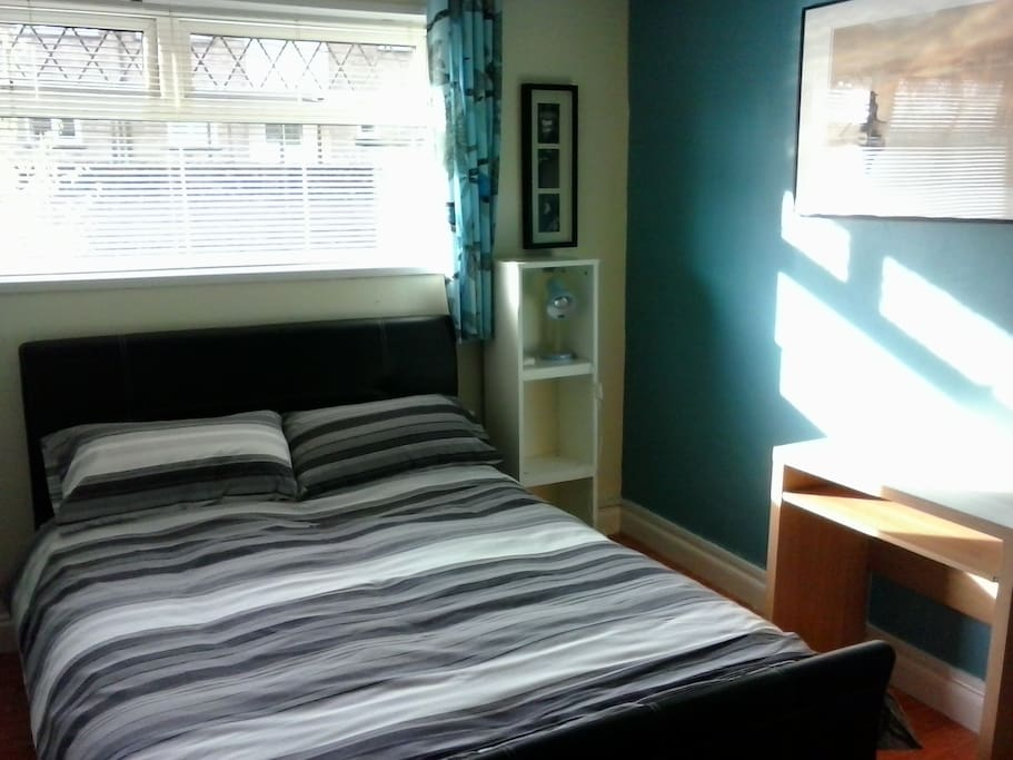 Double Rooms Cardiff