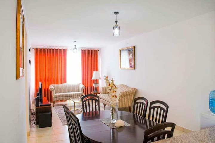 Great wall Luxurious Homestay 3 bedroom apartment