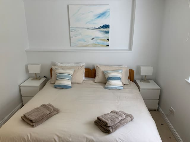 Bedroom - can be set up as super king or twin beds