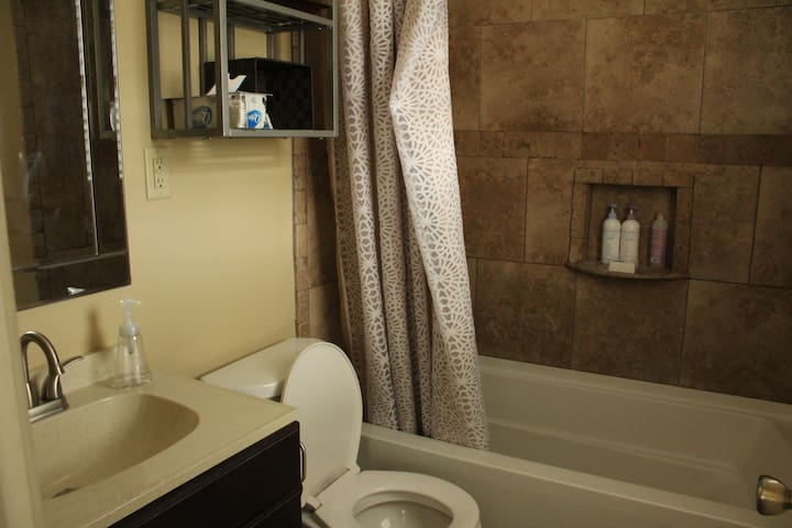 Private bathroom with clean towels provided.