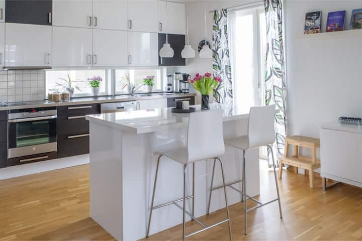 Holiday cottage with 4 bedrooms in central Visby