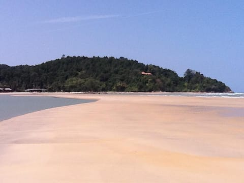 Amelia's Guesthouse - Cherating Beach