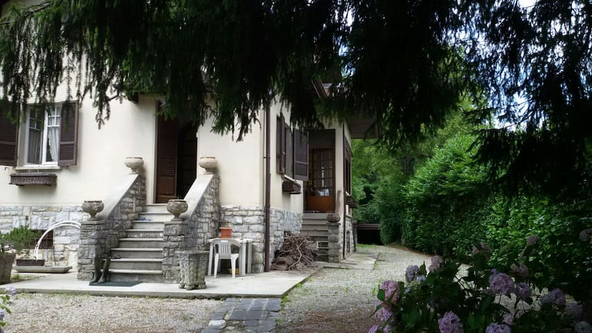 Amazing Villa on Lake Como Hills - Lanzo D'intelvi