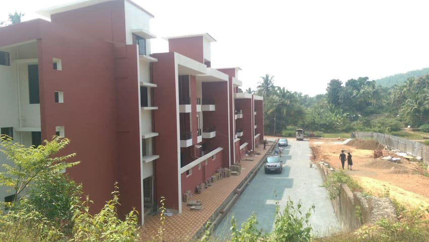 Serviced Apartment near Palolem Beach Canacona Goa - Canacona - Apartamento