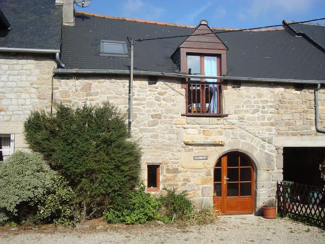 Clement - Jugon Les Lacs - Brittany - Jugon-les-Lacs - House