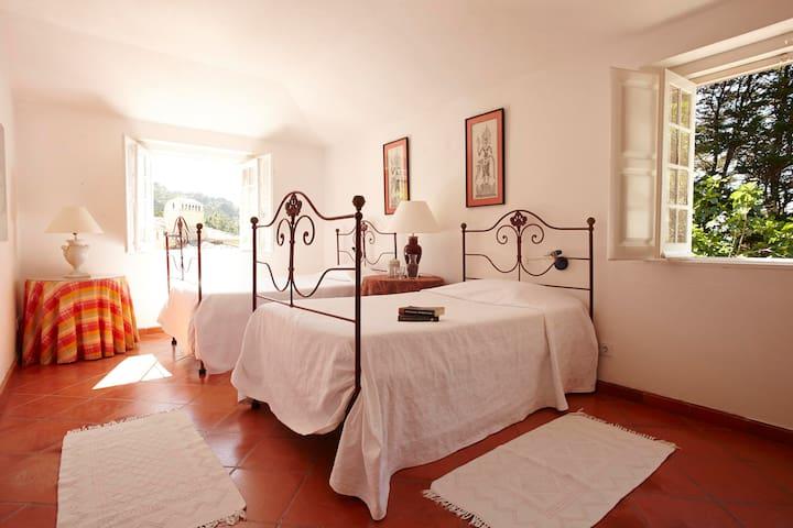 Bedroom 4- Southey- Matalva Barn