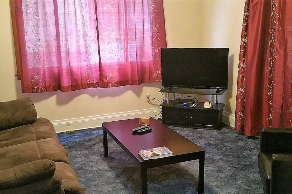 Living Room - Cable provided, both ends of the couch recline