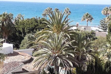 Marbella. Estudio en la playa