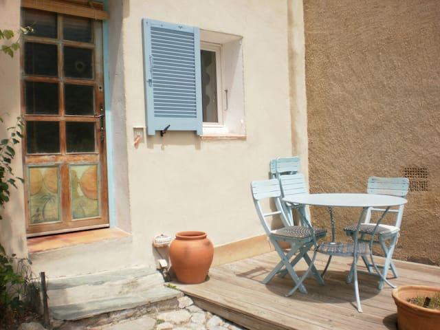 Pignahome, chez Tiziana et Cyril - Pigna - Guesthouse