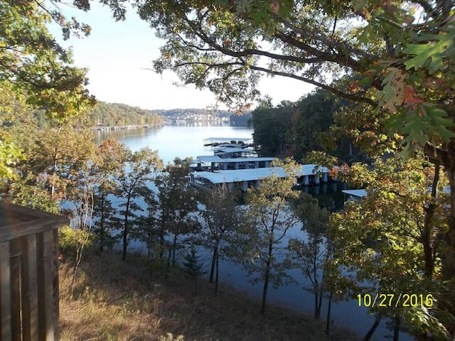 Huge Waterfront Home, Private Dock And Rec Room