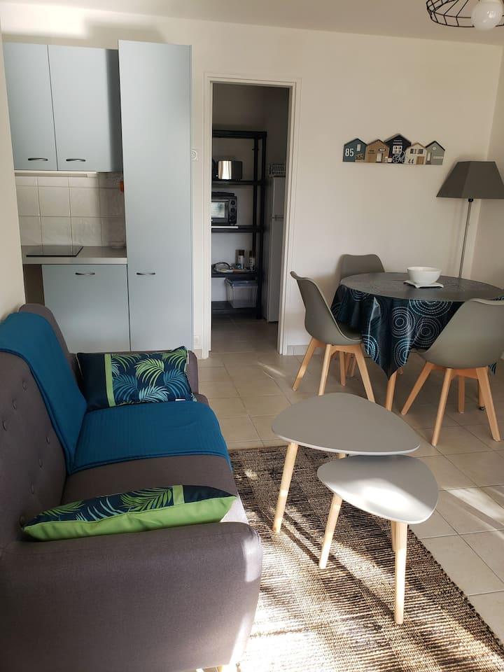 Appartement rénové de plain-pied en bord de mer -