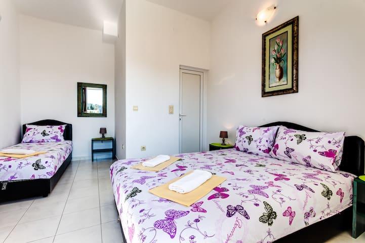 Triple Bedroom on Ground Floor in Becici