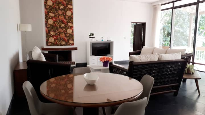 Ample and Centric Apartment in zone 10