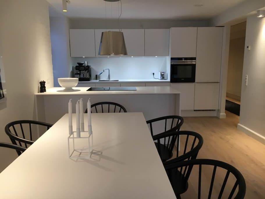 Top Penthouse New York style apartment - located right next to all the city attractions and nice restaurants. The apartment is newly renovated which makes is light and fresh and with all new furniture.