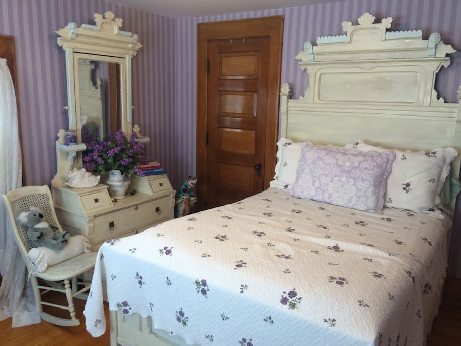 """The """"Princess"""" Room is a pretty Victorian classic, a great room for kids or adults."""